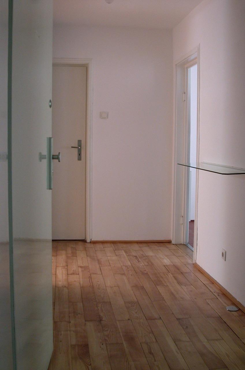 Charmantes 1 Zimmer Apartment Mit Wohnkuche Balkon Als