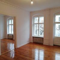 Freie Stuck-Altbau-Wohnung mit Balkon – Berlin-Kreuzberg ...